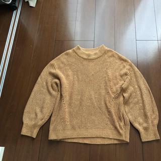 エイチアンドエム(H&M)のH&Mニットセーターベージュ系ゴールド(ニット/セーター)