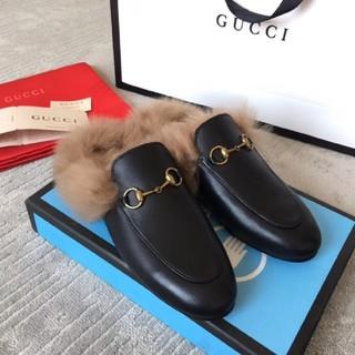 Gucci - 39 GUCCI ファー スリッパサンダル フラット 正規品