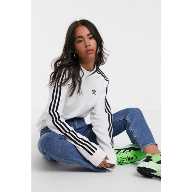adidas(アディダス)の【XXLサイズ】新品未使用タグ付き adidas 3ストライプ ロングスリーブ レディースのトップス(Tシャツ(長袖/七分))の商品写真