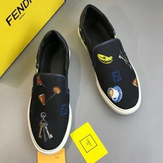 フェンディ(FENDI)のFENDI  スニーカー (スニーカー)
