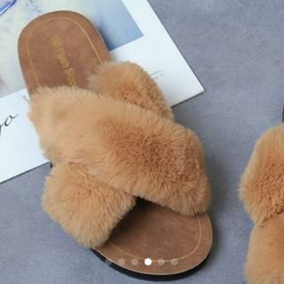 新品可愛いクロスファーサンダル24.0cm大好評アプリコット室内履きスリッパ最適(サンダル)
