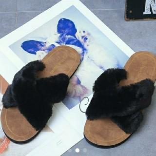 新品可愛いクロスファーサンダル24.0cm大好評ブラック室内履きスリッパ最適(サンダル)