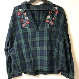イング(INGNI)の刺繍入りシャツ(シャツ/ブラウス(長袖/七分))