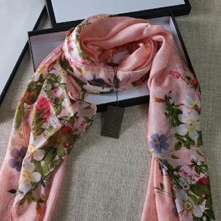 Gucci - 綺麗 GUCCI グッチ ピンク スカーフ 超美品
