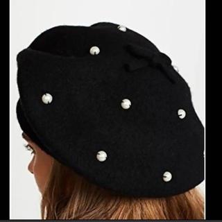 ケイトスペードニューヨーク(kate spade new york)の新品タグ付き ケイトスペード   ニット ベレー帽  パール リボン付き ラスト(ハンチング/ベレー帽)