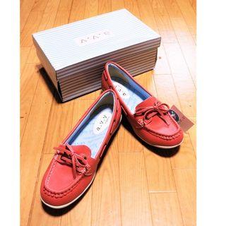 アーヴェヴェ(a.v.v)の新品a.v.vフラットシューズ(23cm)(ローファー/革靴)