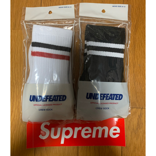 UNDEFEATED - undefeated ソックス 2足  白黒