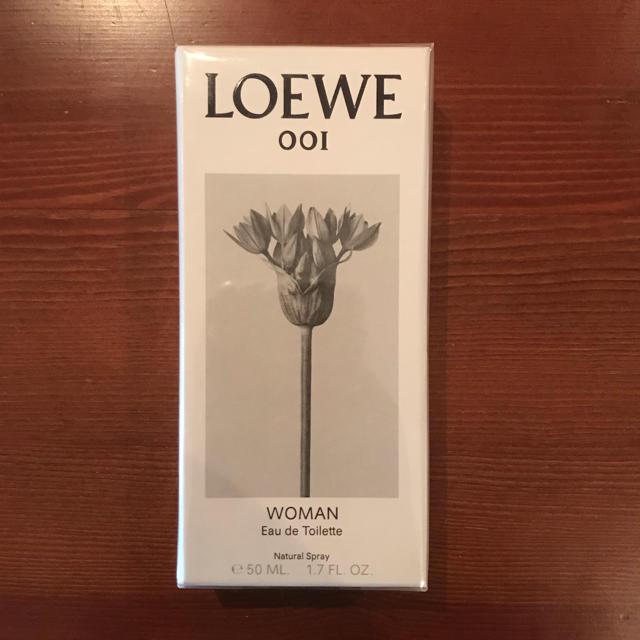 LOEWE(ロエベ)の〈新品未使用〉LOEWE001(ロエベ001)woman edt 50ml コスメ/美容の香水(香水(女性用))の商品写真
