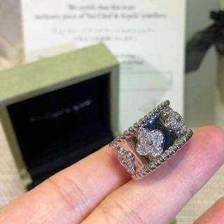 ヴァンクリーフアンドアーペル(Van Cleef & Arpels)の大人気です!Van Cleef & Arpels指輪 18K(リング(指輪))