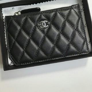 CHANEL - CHANELの長財布