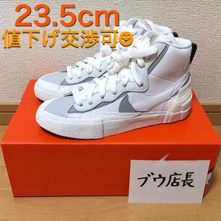 ナイキ(NIKE)のNike x sacai BLAZER 23.5cm (ウィメンズ 23cm)(スニーカー)