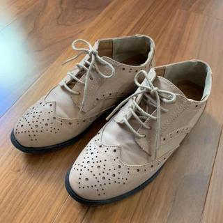 サルース(salus)のヌーディベージュ☆フラットシューズ(ローファー/革靴)
