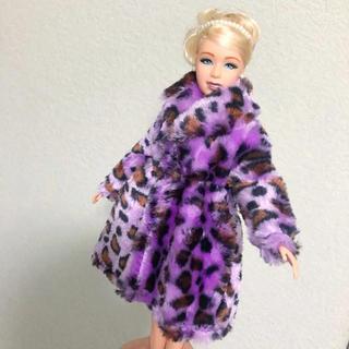 バービー(Barbie)のバービー人形サイズ 紫のヒョウ柄コート ブライス リカちゃん ワンピース 靴冬服(キャラクターグッズ)