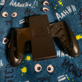 Nintendo Switch - Joy-Con充電グリップ