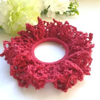 秋*赤色 シュシュ/ヘアゴム/ヘアアクセサリー ハンドメイド*手編み