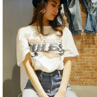 ジェイダ(GYDA)のGYDA♡RULESショルダーカットTシャツ(Tシャツ(半袖/袖なし))