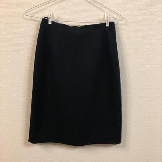ミュウミュウ(miumiu)のMIUMIU スカート(ひざ丈スカート)