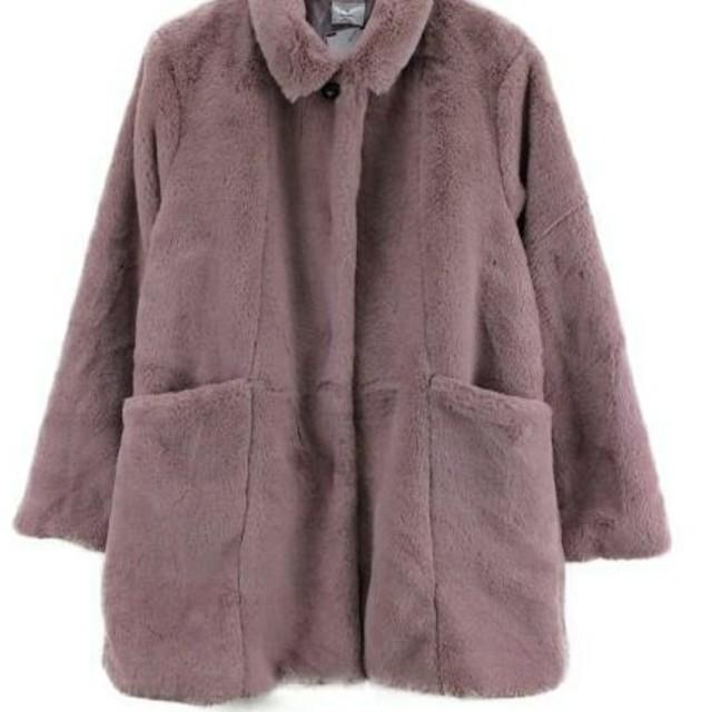 merry jenny(メリージェニー)のmerry jenny ファーコート ピンク 新品未使用 レディースのジャケット/アウター(毛皮/ファーコート)の商品写真