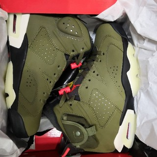 ナイキ(NIKE)のTRAVIS SCOTT × NIKE AIR JORDAN 6 OLIVE(スニーカー)