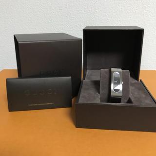 Gucci - GUCCI 2400S レディース時計 ブラック バングルウォッチ
