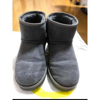 ヌォーボ(Nuovo)のNUOVO ムートンブーツ Mサイズ(ブーツ)