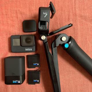 GoPro - GoPro7 black+バッテリー2つ+充電器+3way