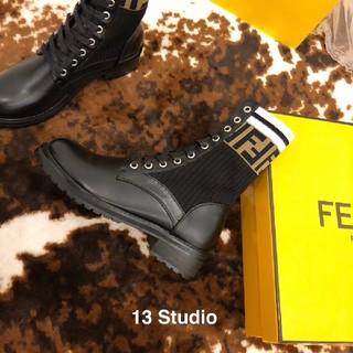 FENDI - フェンディFENDIブーツ長靴