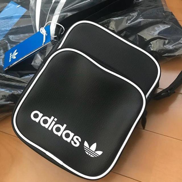 adidas(アディダス)のadidas originals ミニバック メンズのバッグ(ショルダーバッグ)の商品写真