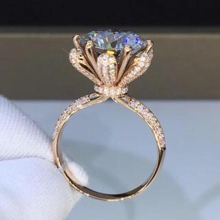 【5カラット】輝く モアサナイト  ダイヤモンド リング(リング(指輪))