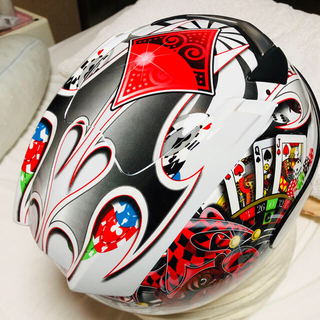 カスッチ(CASUCCI)のオフロード、ネイキッド兼用バイクヘルメットです。フルフェイス!になります。(ヘルメット/シールド)