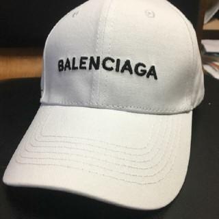 Balenciaga - 男女兼用 BALENCIAGA キャップ 白