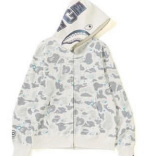 A BATHING APE - A bathing ape shark parker