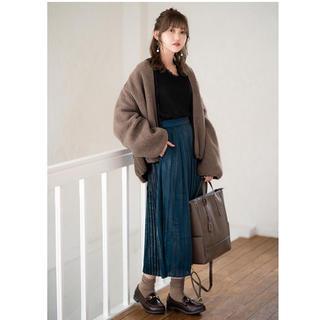 シマムラ(しまむら)のグ付き新品未使用】シャイニープリーツスカート Mサイズ(ロングスカート)