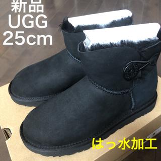 アグ(UGG)の新品★UGG アグ ベイリーボタンミニII ムートンブーツ 25 黒(ブーツ)