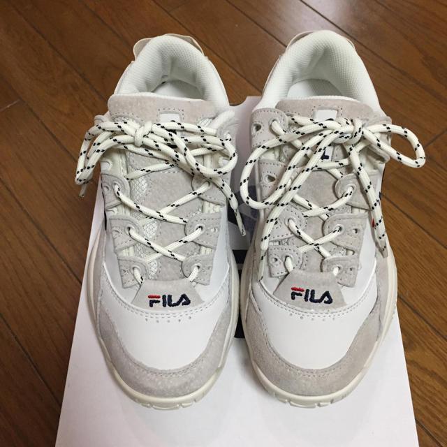 FILA(フィラ)のFILA ダッド スニーカー 韓国限定 レディースの靴/シューズ(スニーカー)の商品写真