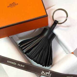 Hermes - ✨国内定価以下✨レアカラー✨エルメス カルメン キーホルダー 黒 新品未使用