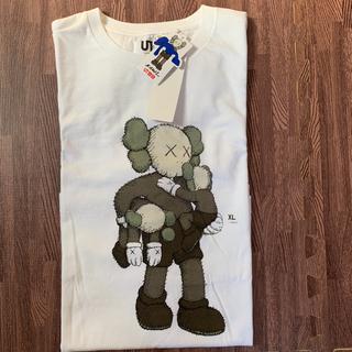 ユニクロ(UNIQLO)の新品 UNIQLO カウズ Tシャツ XL ユニクロ(Tシャツ/カットソー(半袖/袖なし))