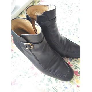 ギンザ ヨシノヤ ブラックショートブーツ(ブーツ)