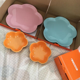 LE CREUSET - ルクルーゼ フラワープレート&小鉢セット