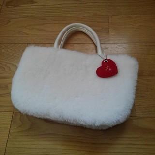 ヨンドシー(4℃)の《新品》ファーバッグ 4℃(ハンドバッグ)