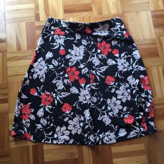 ローラアシュレイ(LAURA ASHLEY)のローラアシュレイ 花柄スカート ジャージー(ひざ丈スカート)