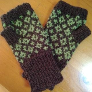 ハンドウォーマー。手編み。男女兼用(手袋)