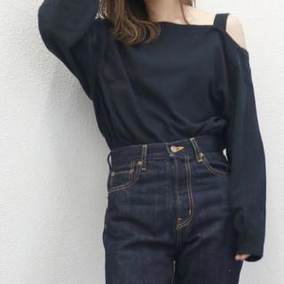 Ungrid - Ungrid ショルダーデザインロングスリーブTee ブラック 完売色💗レア