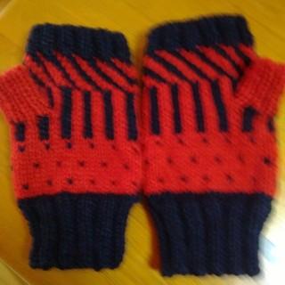 ハンドウォーマー。男女兼用。手編み。(手袋)