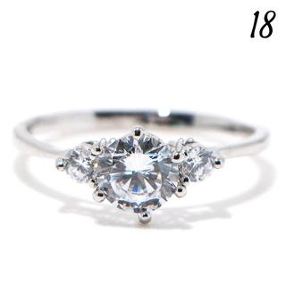 C28 リング 18号 CZ ダイヤモンド ラウンド 3粒 大きいサイズ(リング(指輪))