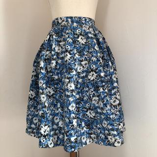 フレイアイディー(FRAY I.D)のフレイアイディー ふんわり 膝丈スカート 花柄 36(ひざ丈スカート)
