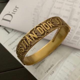 Dior - 大人気の  Dior  ブレスレット