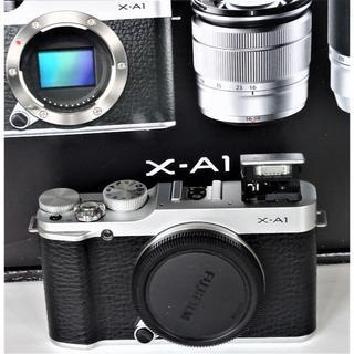富士フイルム - 最安値 美品 FUJIFILM X-A1 ボディ SDカード