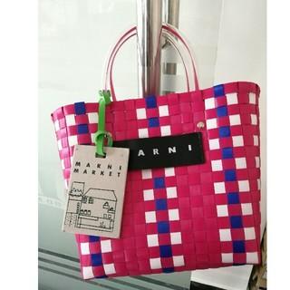 Marni - 人気!MARNIマルニ フラワーカフェ ピクニックバッグ 防塵袋付き