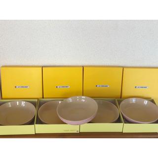LE CREUSET - ルクルーゼ 限定カラー 桜色 ピンク 5枚セット ラウンドディッシュ プレート